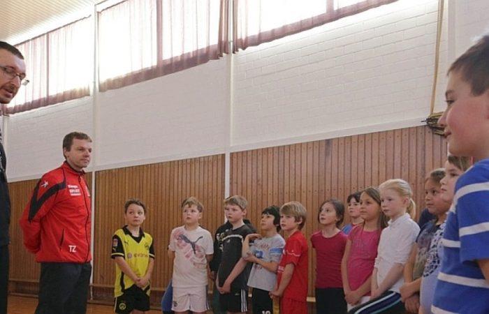 Handball auf dem Stundenplan